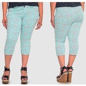 Torrid Mint Paisley Cropped Sophia Skinny Jeans